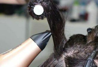 suszenie i modelowanie włosów