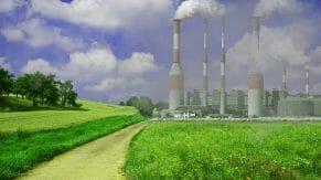 Dymiące kominy fabryki